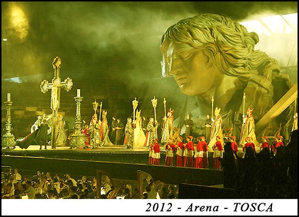 2012 - Arena - TOSCA